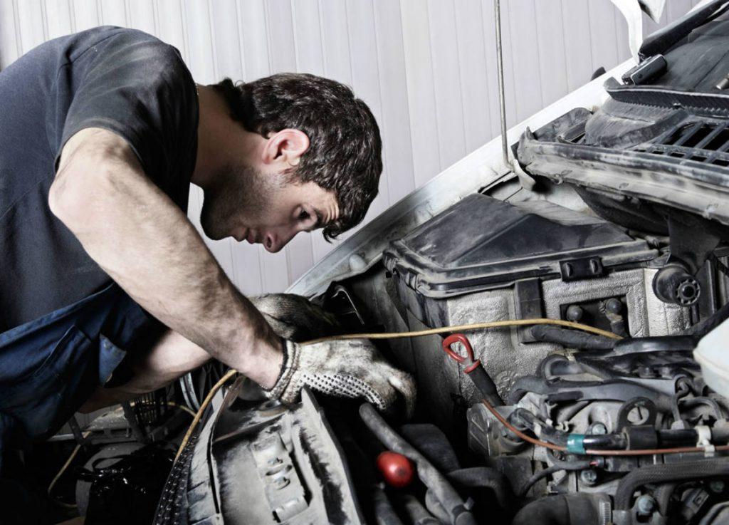 reparar el vehiculo
