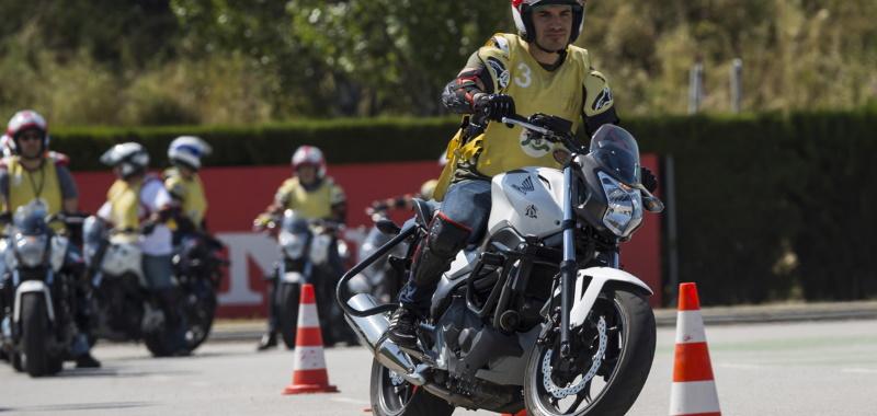 Carnet de moto A1, libertad sobre dos ruedas